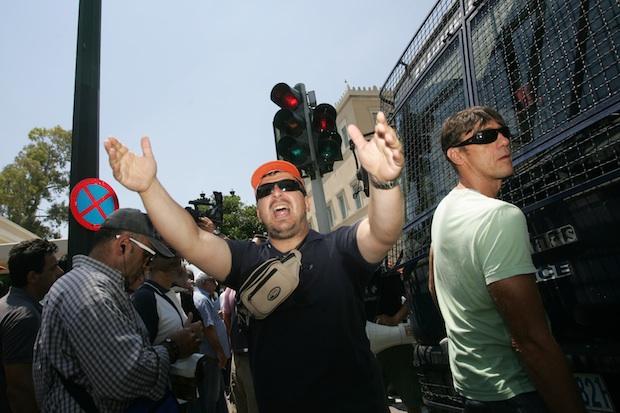 ΠΟΕ-ΟΤΑ; society; Municipality; public sector; crisis; employee; workers; protest; rally; διαμαρτυρία; συγκέντρωση; πορεία; δημοτική αστυνομία; τοπική αυτοδιοίκηση; δήμος; κοιν