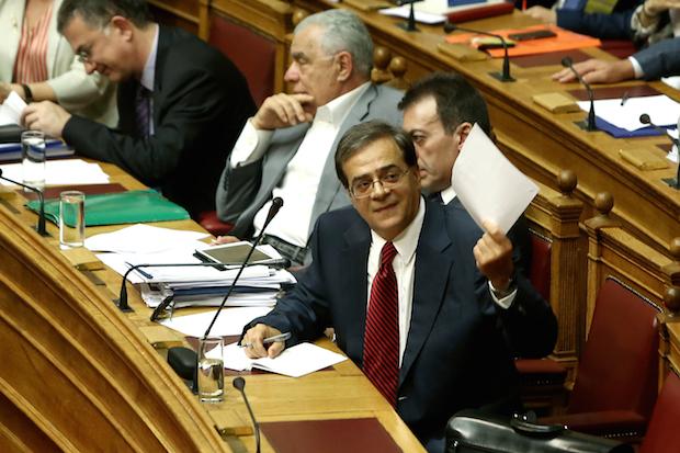Ολομέλεια Βουλή Κοινοβούλιο πολυνομοσχέδιο  συζήτηση ψήφιση νομοσχέδιο οικονομία Γκίκας Χαρδούβελης